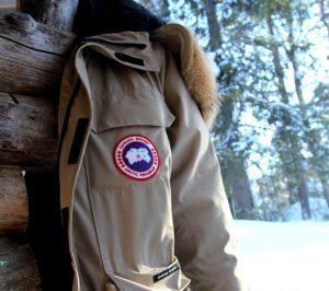 Het aandeel van Canada Goose, producent van luxe jassen, kreeg een flinke tik na de laatste kwartaalcijfers. Op lange termijn verandert er echter niets en blijft het potentieel groot.