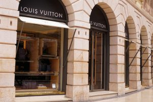 LVMH financiert overname Tiffany via obligatielening